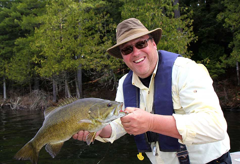 Ontario-smallmouth-bass-fishing